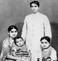 K V Puttappa with his family